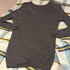 """Vince"""" Gray Knit Lightweight Sweater"""